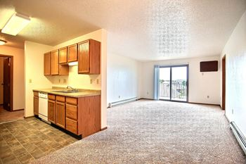 1318 6th St E 1-3 Beds Apartment for Rent Photo Gallery 1