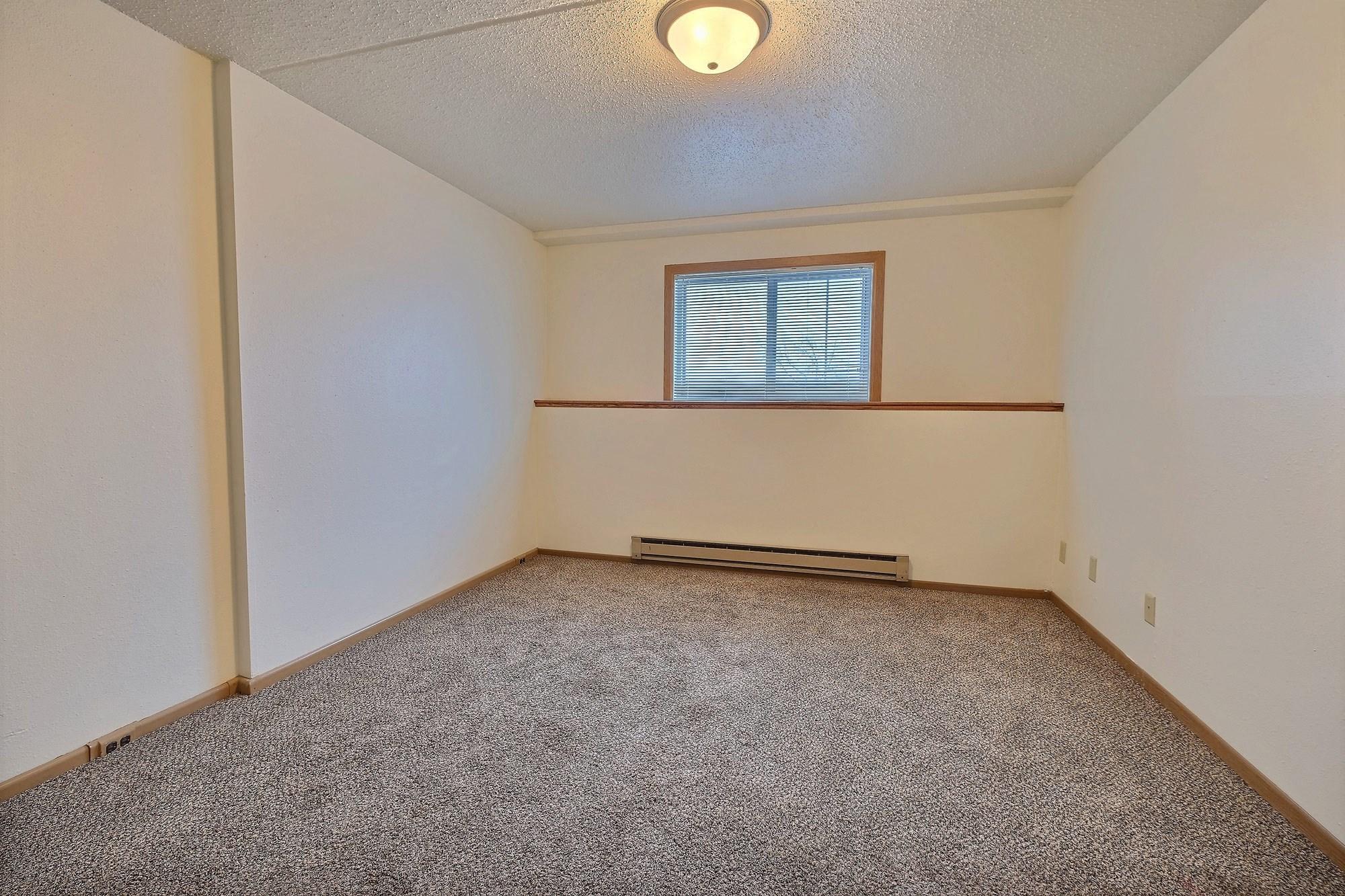Alden Pines Apartments | 2 Bedroom | Bedroom