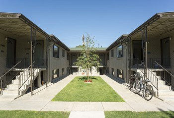 2421 S Gaylord Street 1 Bed Apartment for Rent Photo Gallery 1