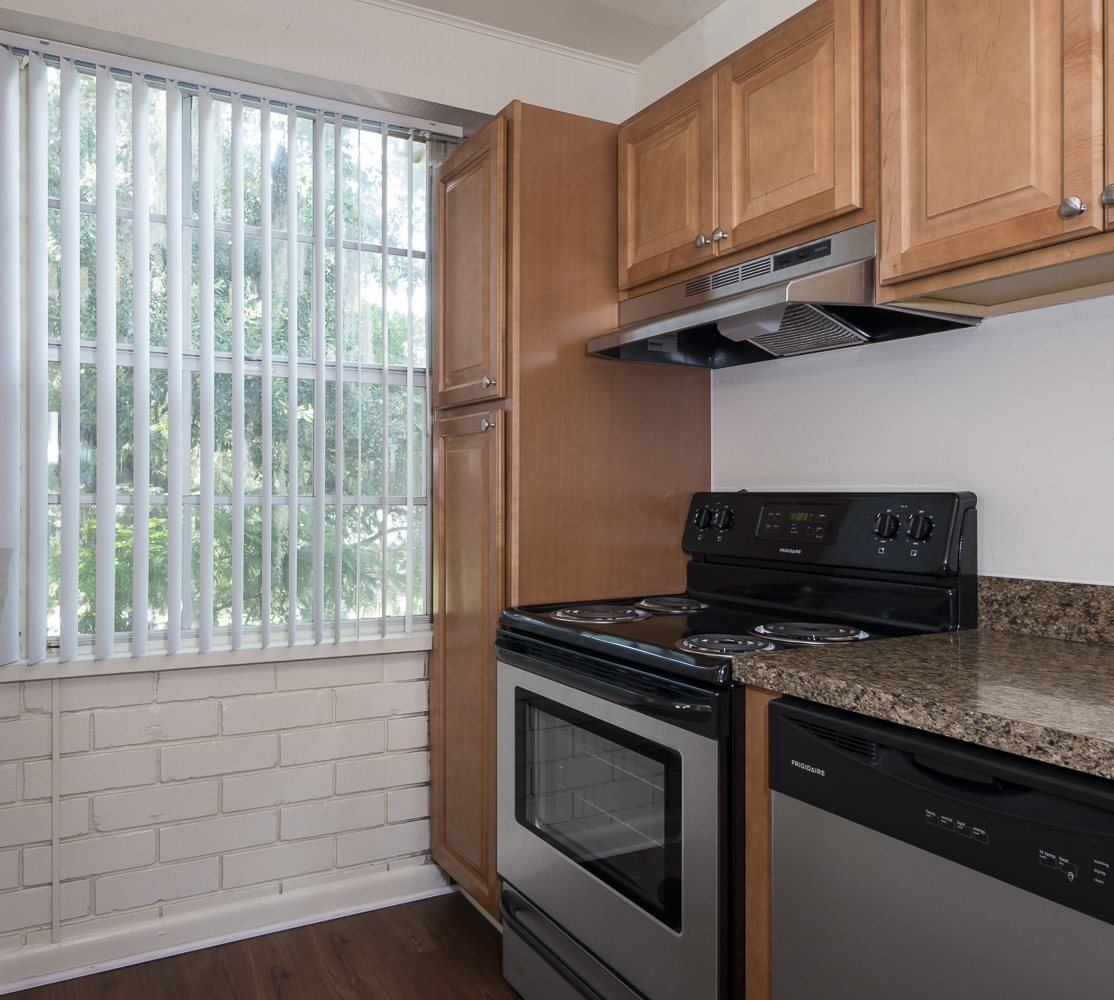 Gainesville Apartments: Williamsburg Village Apartments