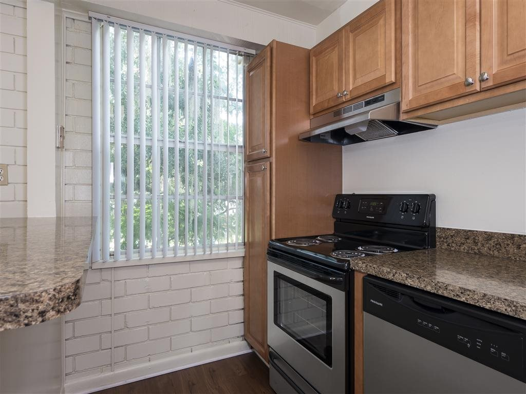Williamsburg Village Apartments in Gainesville, Florida