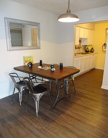 700 Dominik Dr 1-3 Beds Apartment for Rent Photo Gallery 1