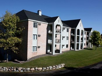 10405 45th Ave N #114 1-3 Beds Apartment for Rent Photo Gallery 1