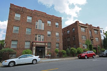 3611 Bryant Ave S Studio-1 Bed Apartment for Rent Photo Gallery 1