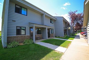 304, 400, 404 Catlin Street 1-3 Beds Apartment for Rent Photo Gallery 1