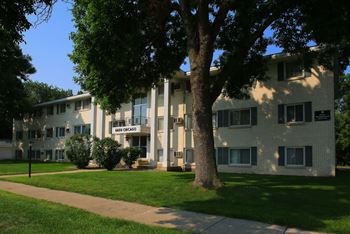 6600 Chicago Ave S 1-2 Beds Apartment for Rent Photo Gallery 1
