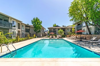 3955 Vineyard Avenue 1-3 Beds Apartment for Rent Photo Gallery 1