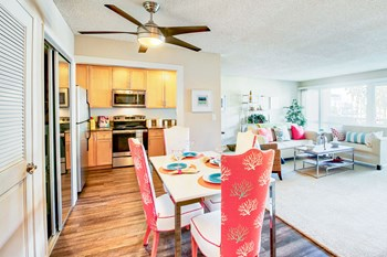 4500 Via Marina Studio Apartment for Rent Photo Gallery 1