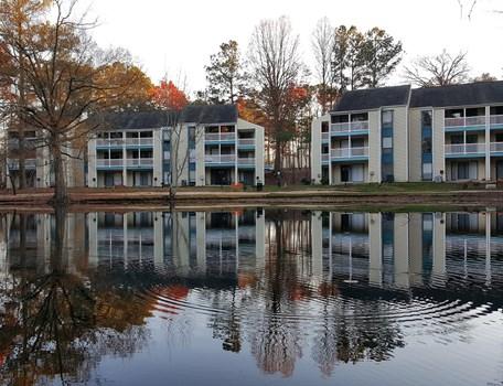 Hillsborough Pond Community Thumbnail 1