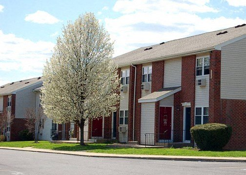 Northeastern Pennsylvania's perfect apartments - quiet, close to downtown Wilkes Barre, the Arena Hub Plaza, Area hospitals, businesses, and more!