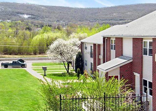 Best location - close to  Wilkes University, Kings College, Misericordia University, hospitals, shopping - & more!