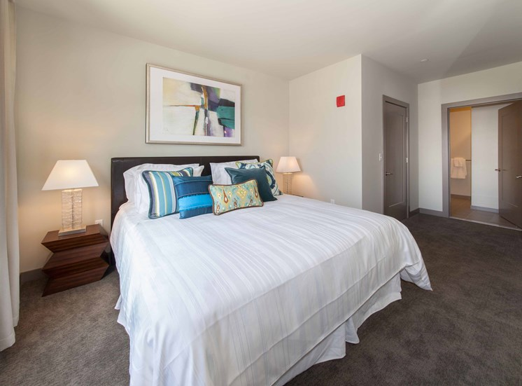 Live in Cozy Bedrooms at The Tremont, Massachusetts