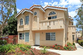 2401 Seaside St 2-3 Beds Apartment for Rent Photo Gallery 1