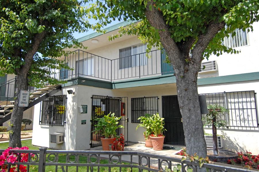 Kenwood Drive Properties photogallery 3