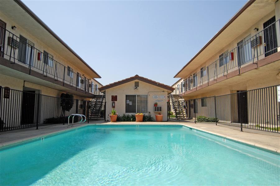 Kenwood Drive Properties photogallery 9