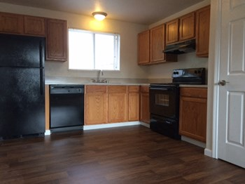 18243 1st Ave S Studio-2 Beds Apartment for Rent Photo Gallery 1