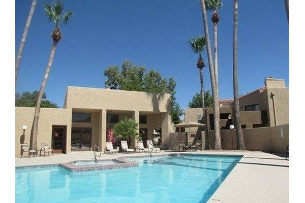 Pool/Spa at Casas Lindas Apartment Homes, Arizona, 85704