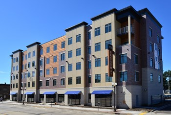 503 S Broadway 1-4 Beds Apartment for Rent Photo Gallery 1