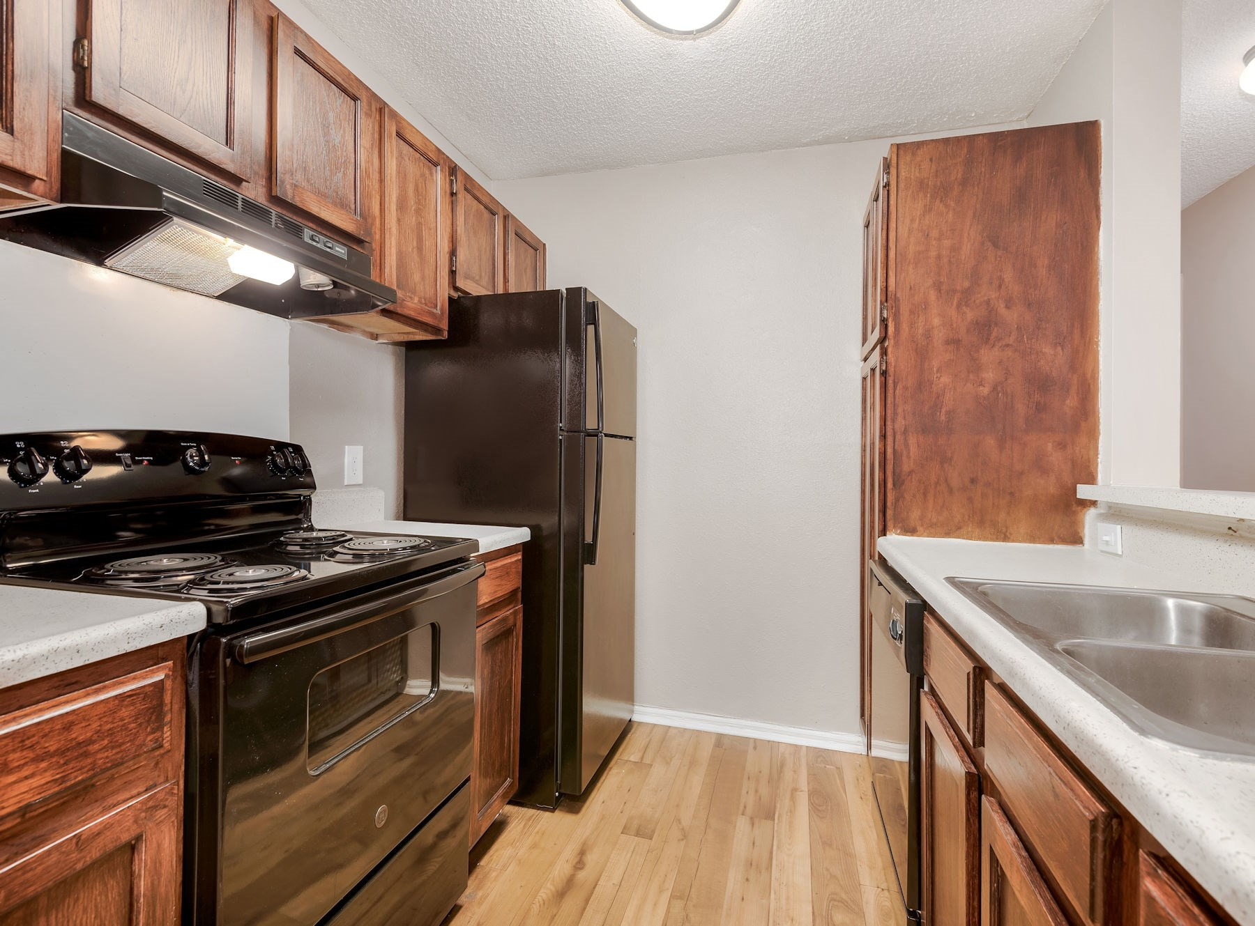 Model Kitchen With Wood Cabinets
