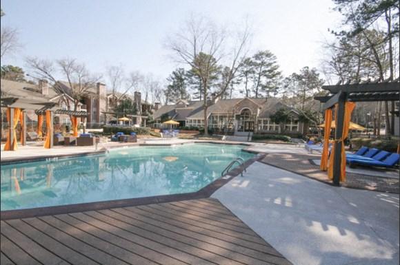 Spring Lake Apartments Atlanta