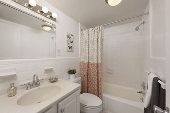 5480 Wisconsin Avenue Studio-2 Beds Apartment for Rent Photo Gallery 1