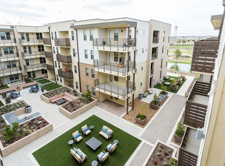 Building 2 Courtyard at Discovery at The Realm (Castle Hills), Lewisville, 75056