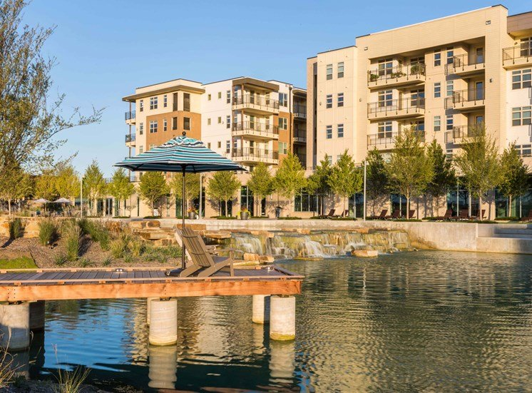 Castle Hills Luxury Apartments by Bright Realty