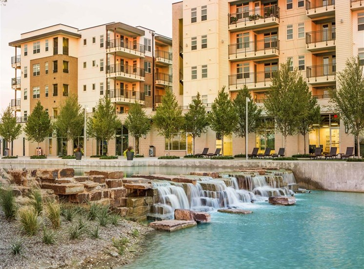 Discovery Promenade with Resident Club and Fitness Rooms