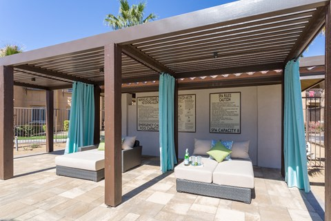 apartment-pool-cabana