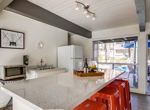 Shasta Lane Apartments Lifestyle - Clubhouse