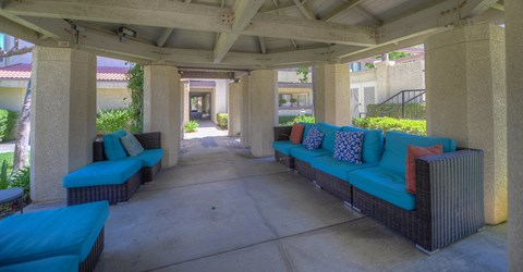 Casa Grande Senior Apartment Homes Lifestyle - Outdoor Lounge Area