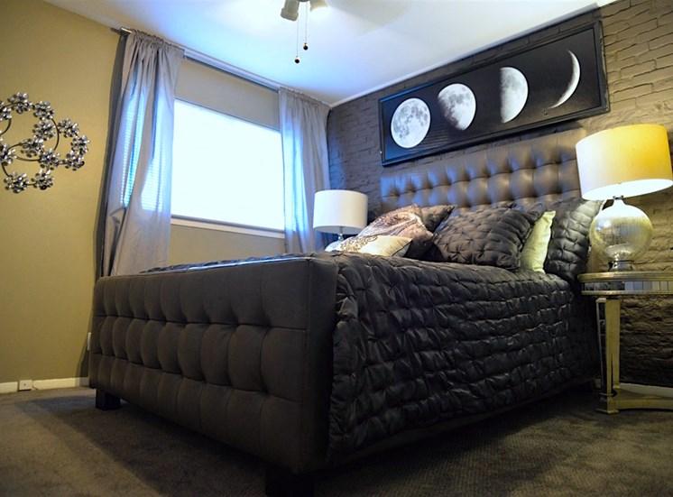 5808 Gaston The Villa Master Bed