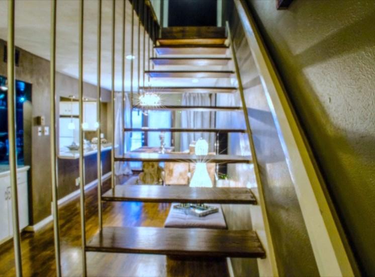 5400 Live Oak Le Parc Stairs