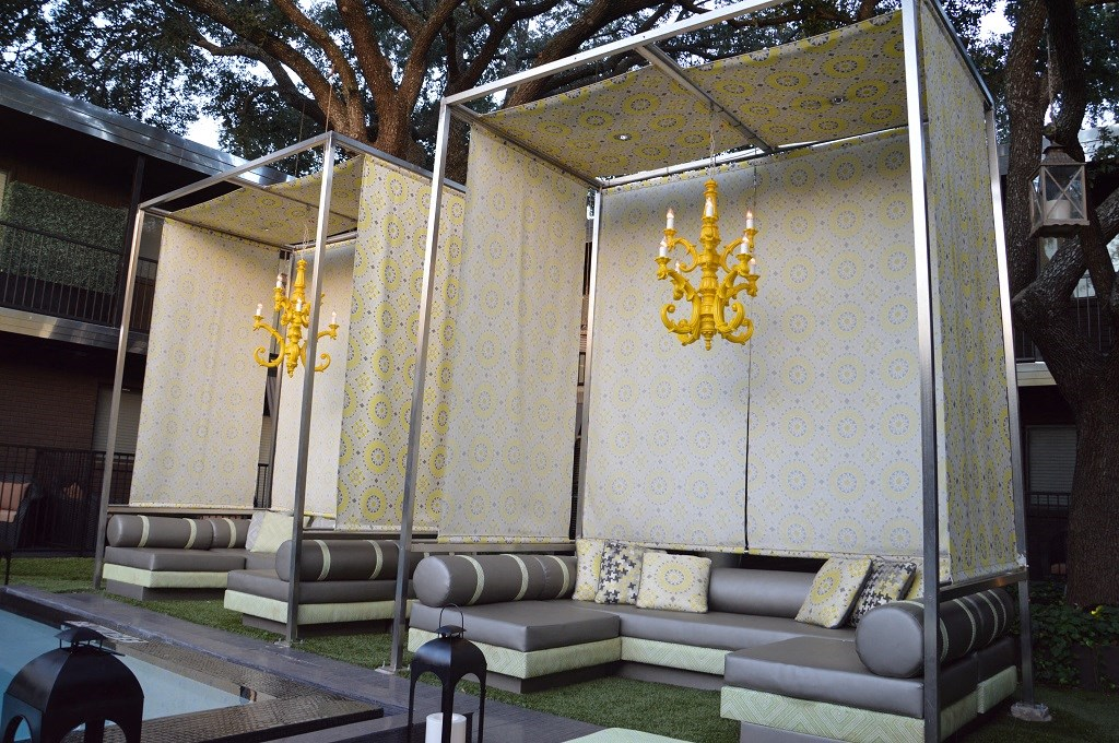 5601 Gaston - LONDON Courtyard custom cabana and seating