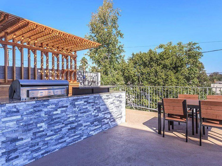 Outdoor Grill With Intimate Seating Area at Oxnard Plaza, North Hollywood, CA, 91606