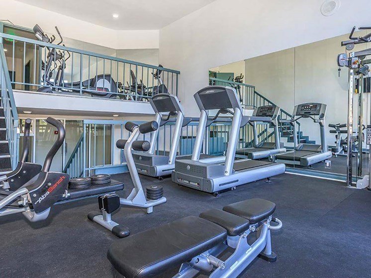 Fitness Center With Modern Equipment at Oxnard Plaza, North Hollywood, CA