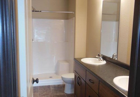 double vanity, master bathroom, bathroom