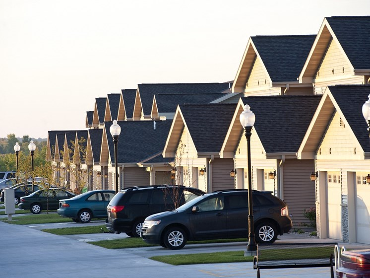 Pleasant View Townhomes Garages