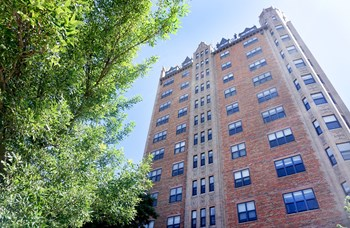 1337 W Fargo Ave 1-2 Beds Apartment for Rent Photo Gallery 1