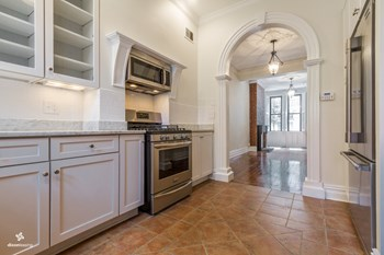 232A 9th Street 5 Beds House for Rent Photo Gallery 1