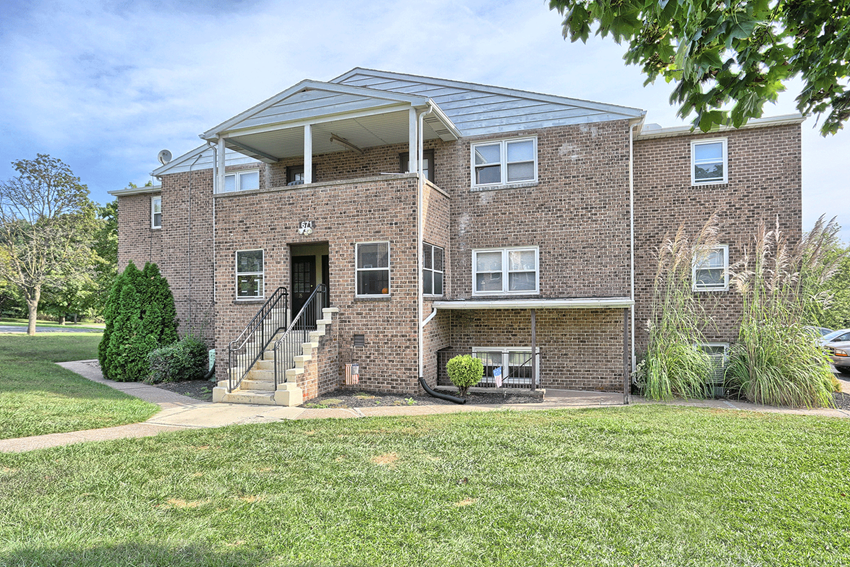 Cheap Apartment in Harrisburg, PA   Laura Acres   Property Management, Inc.