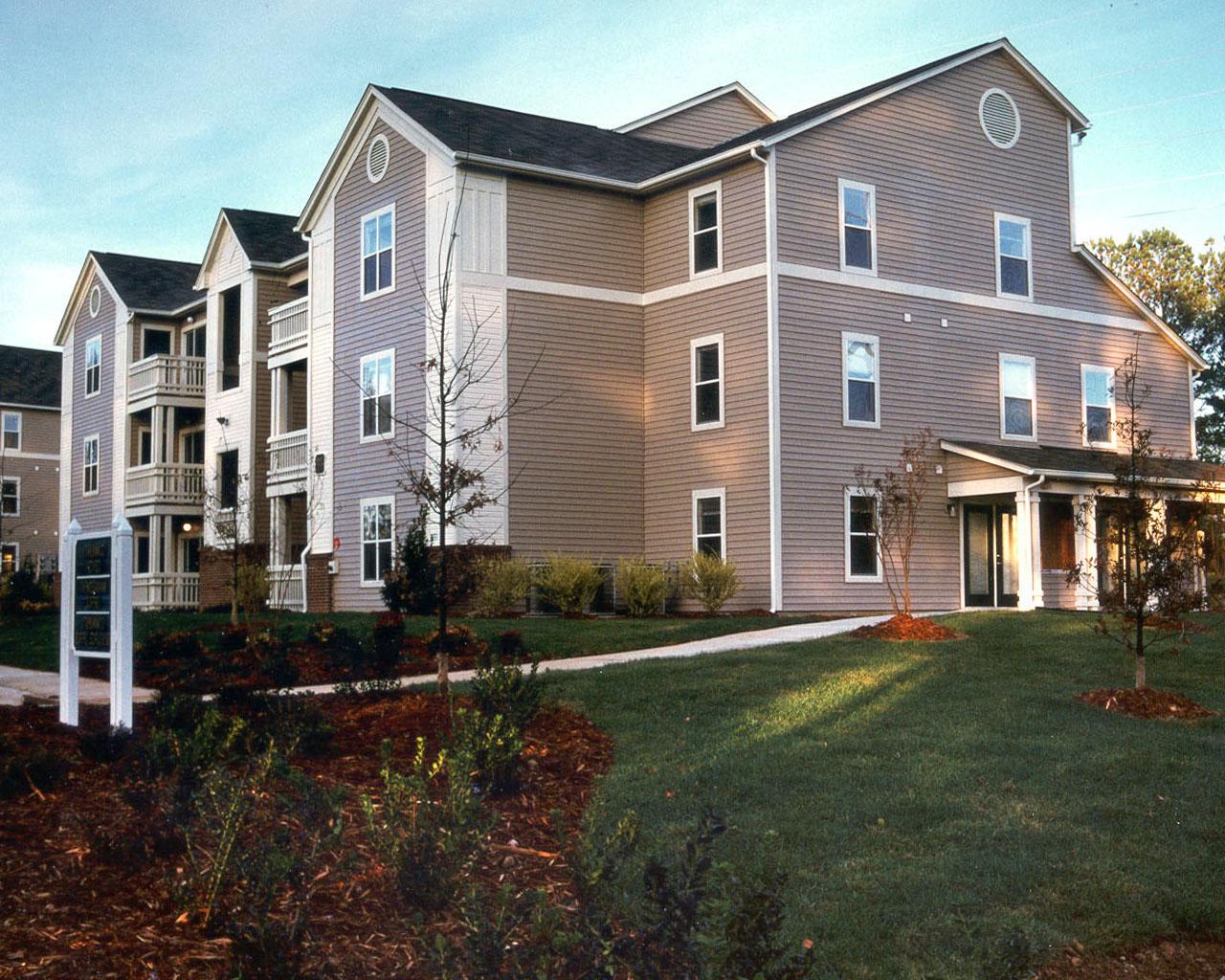 Dobbins Hill Apartments in Chapel Hill, NC