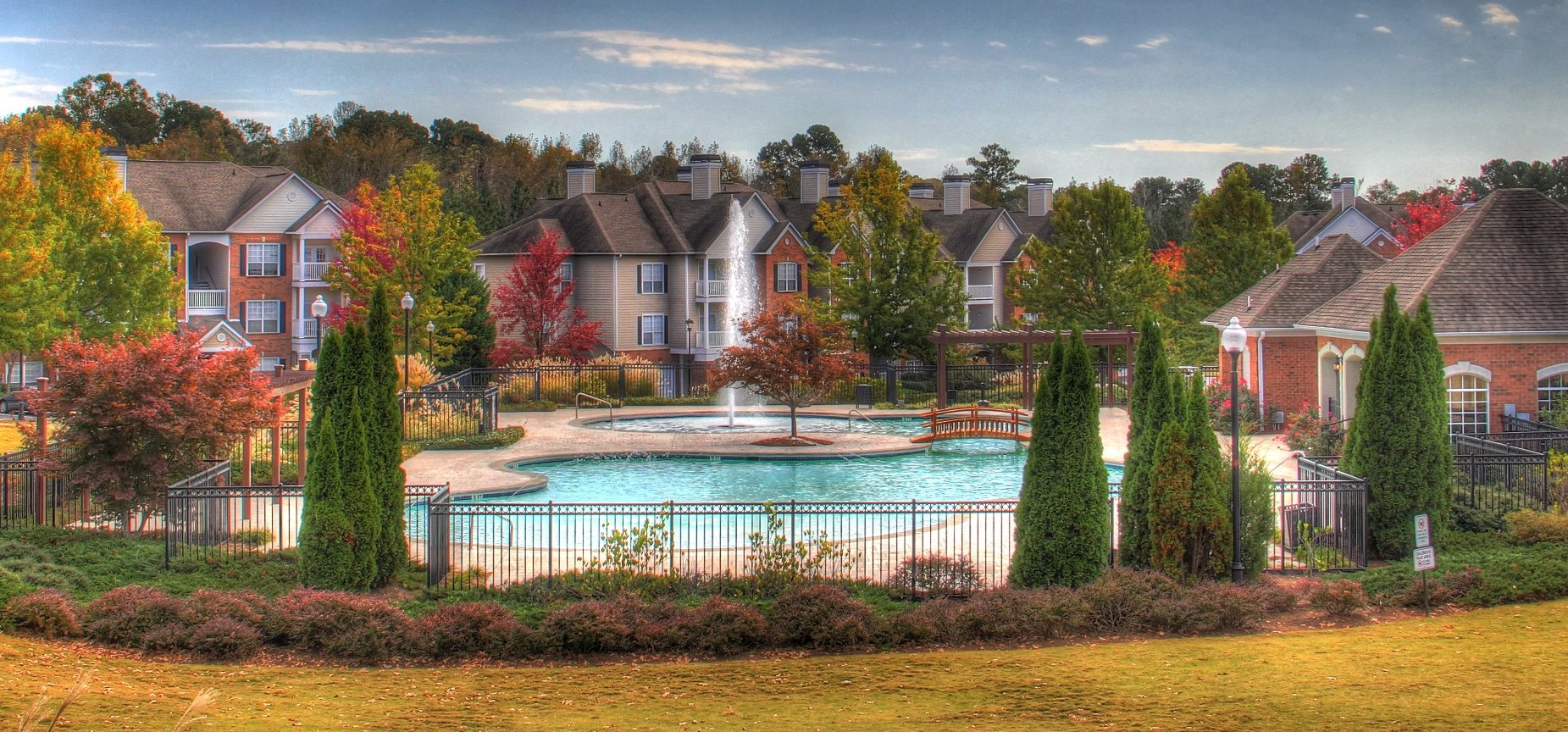 The Crest at Sugarloaf | Apartments in Lawrenceville, GA
