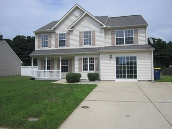 223 Trafalgar Dr 4 Beds House for Rent Photo Gallery 1