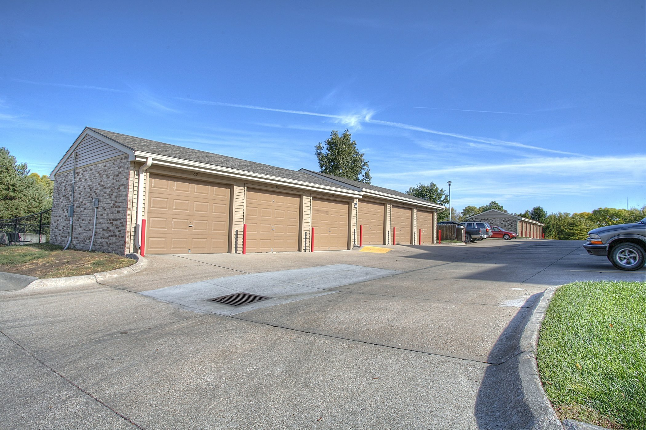 Separate Garage , at Lakeview Park, 510 Surfside Drive, Lincoln