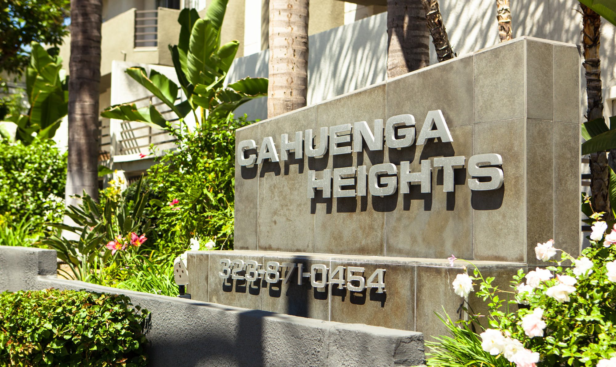 Cahuenga Heights Apartments in Hollywood, Los Angeles, CA