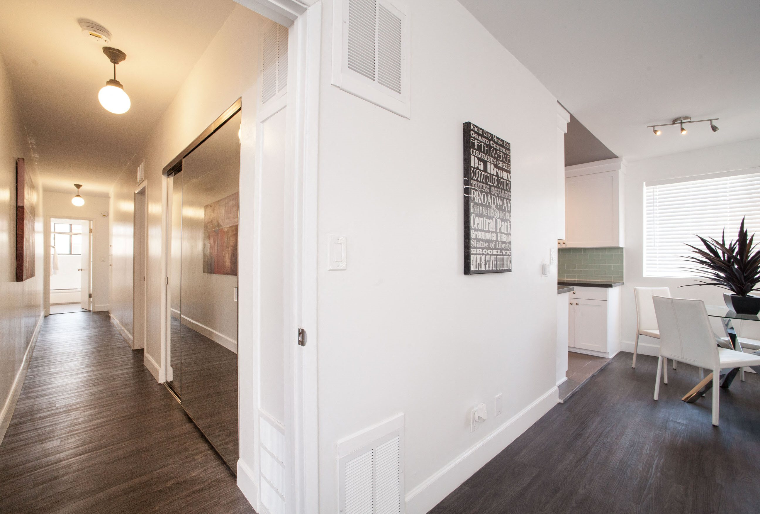 Home interior at Pacific Rose Apartments in Los Angeles, CA 90034