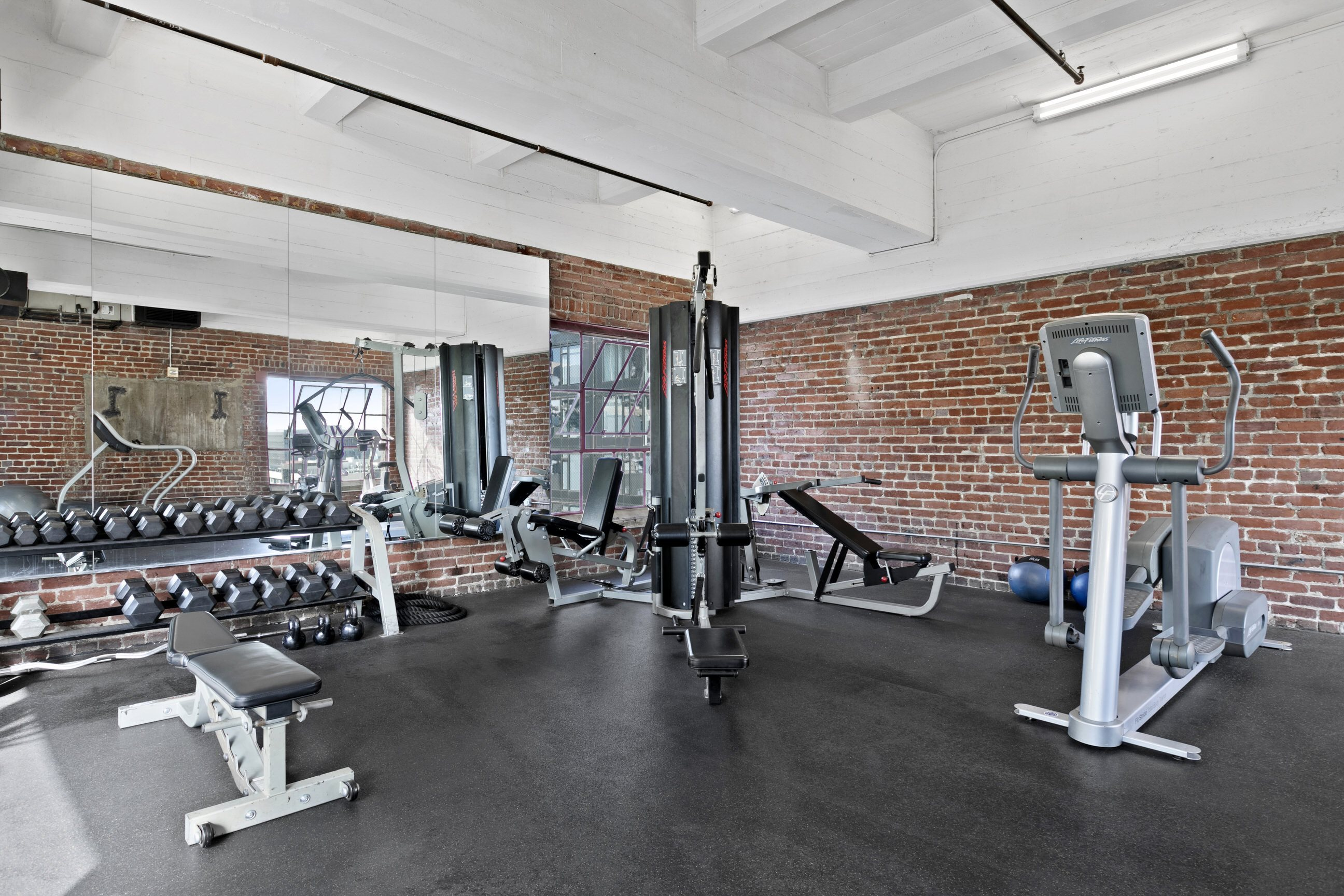 24 Hour Fitness Center at South Park Lofts 818 S Grand Ave, Los Angeles, CA 90017