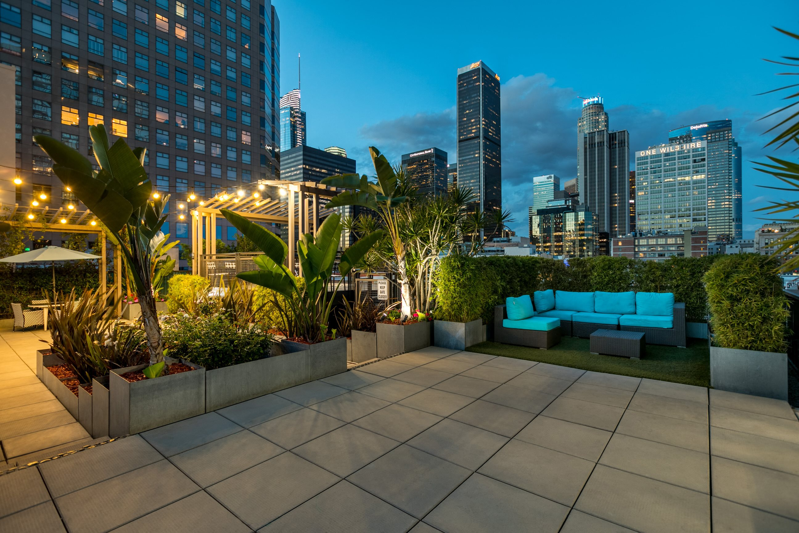Rooftop Lounge at South Park Lofts 818 S Grand Ave, Los Angeles, CA 90017