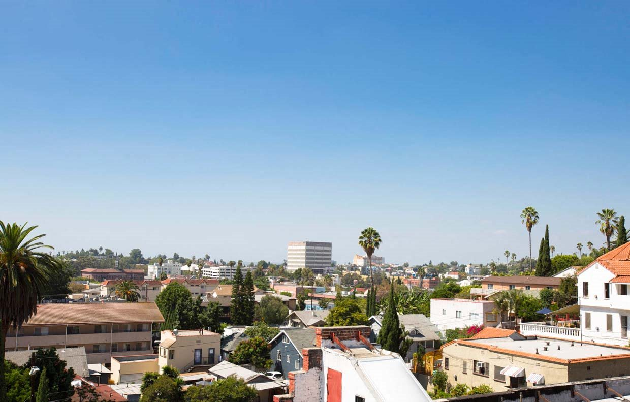 View from community at Del Mor Apartments in Los Angeles, CA 90026